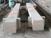 На заводе в Санкт-Петербурге продолжается производство железобетонных колонн
